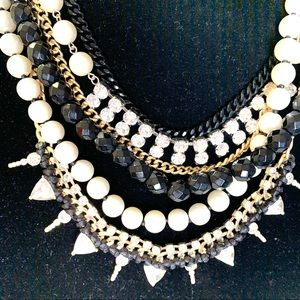 Express Jewelry - ✨bling statement necklace ✨